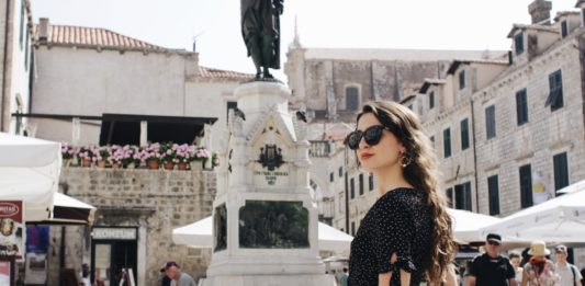 london girl dubrovnik