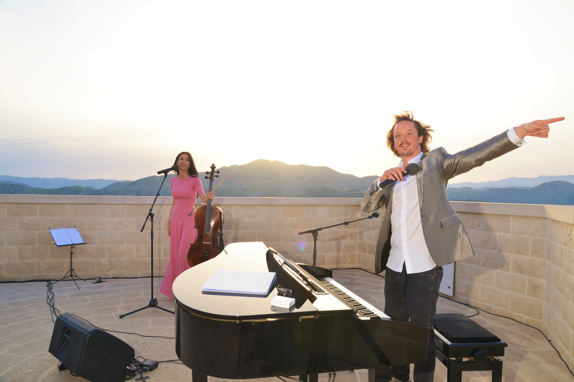 Ana Rucner Oliver Poole Sunset go Dubrovnik