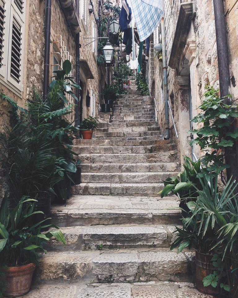 Josipa Dragun coffe blogger Dubrovnik Go Dubrovnik life street