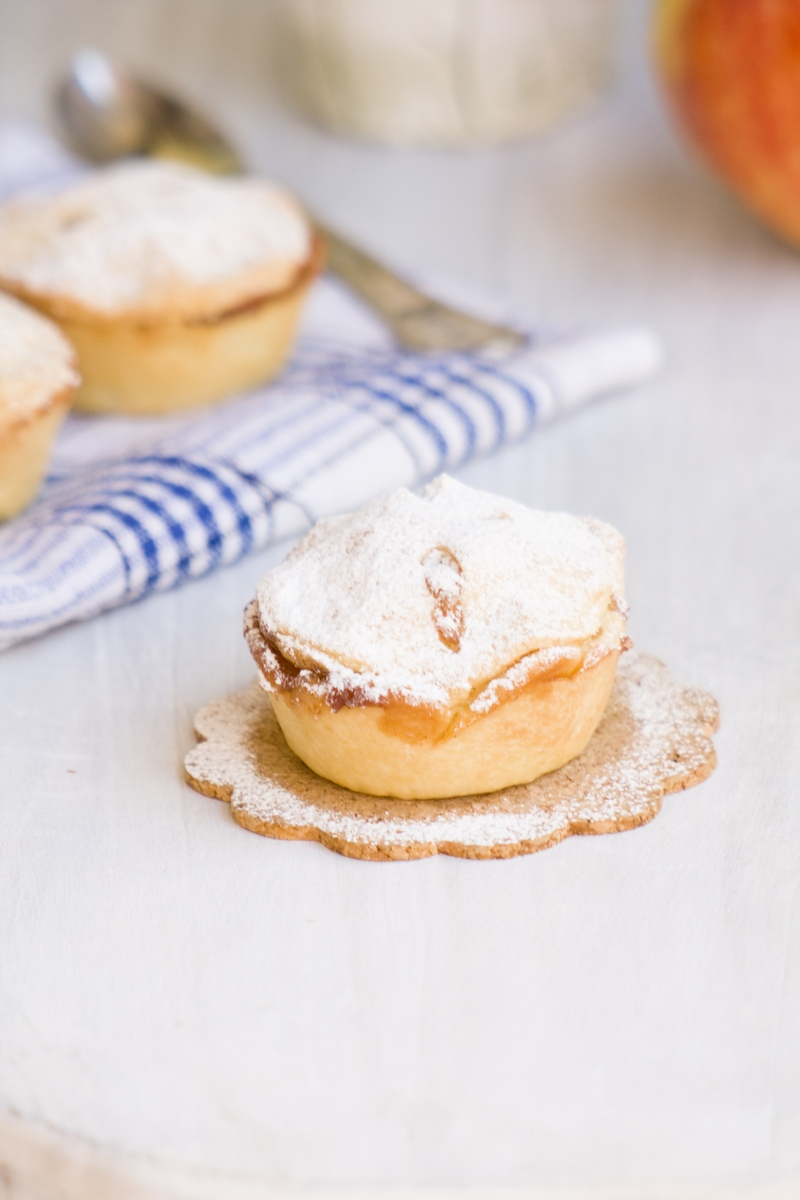 apple pies Tamara Novakovic cake recipe