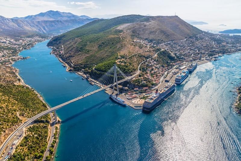 Dubrovnik Bridge Explore Dubrovnik Travel Croatia