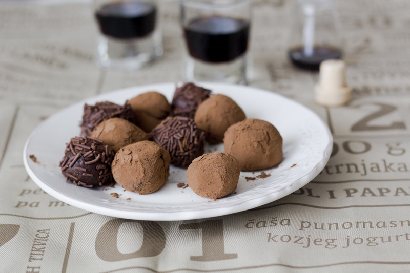 Croatian Chocolate Balls Truffles Croatian Easy Cake Recipes taste