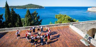 folklore ensemble traditional linđo dane Dubrovnik GoDubrovnik dress nošnja cover music