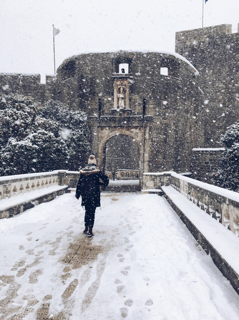 dubrovnik winter snow