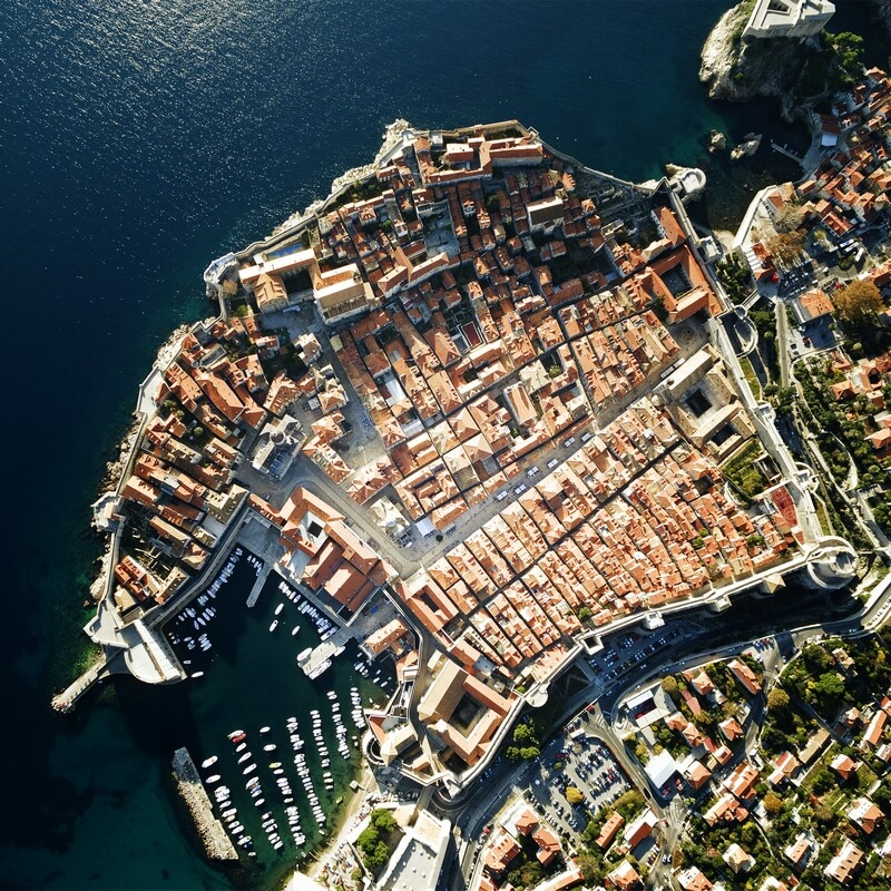 from dubrovnik airport to city center