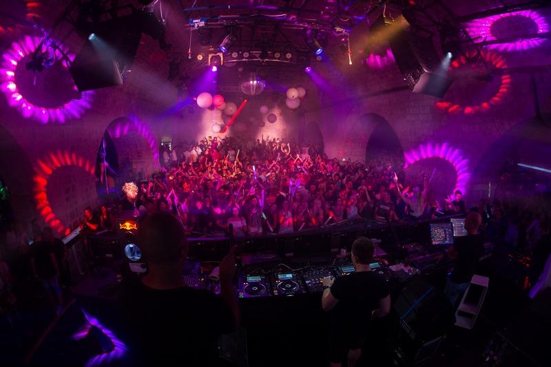 Fedde le Grand Revelin club music festival night party
