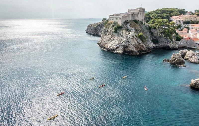 Go Dubrovnik guide city Chasing the Donkey blogger summer kayaks