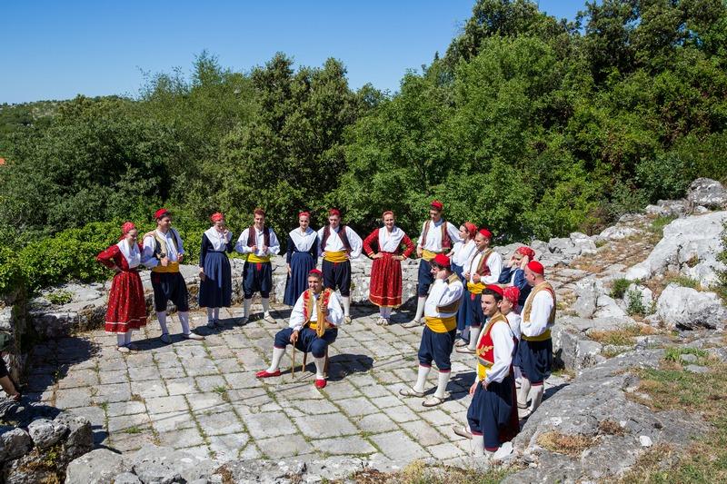 folklore ensemble traditional linđo dane Dubrovnik GoDubrovnik en