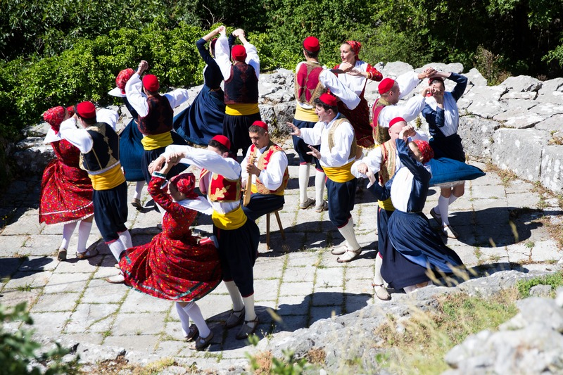 folklore ensemble traditional linđo dane Dubrovnik GoDubrovnik dress nošnja generation