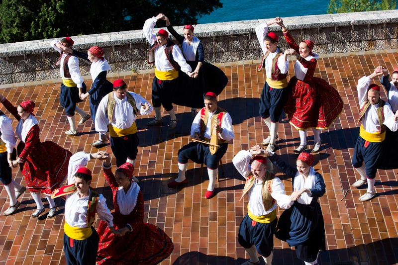 folklore ensemble traditional linđo dane Dubrovnik GoDubrovnik dress nošnja music