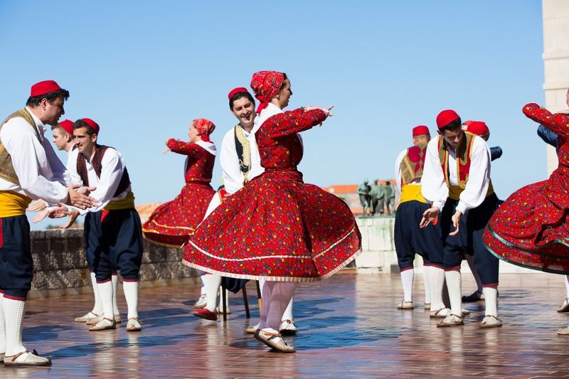 folklore ensemble traditional linđo dane Dubrovnik GoDubrovnik dress nošnja