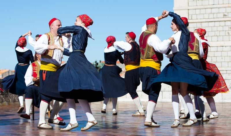 folklore ensemble traditional linđo dane Dubrovnik GoDubrovnik dress nošnja style