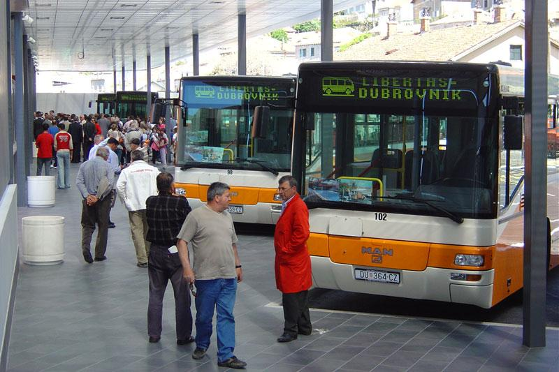 local bus airport transfer