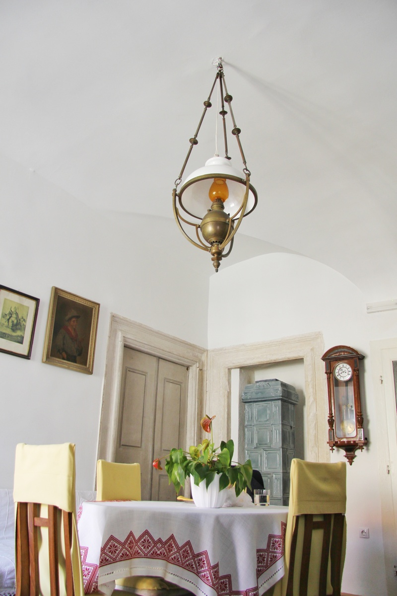 strop luster Renata Debeljak interijer