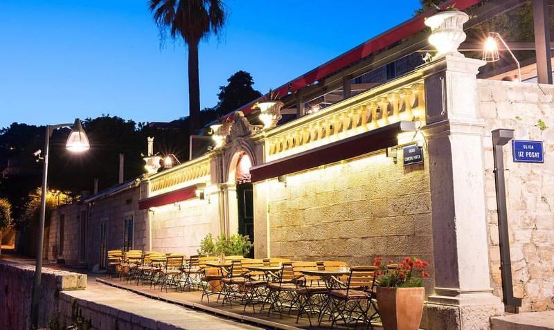 Tamara Ecclestone Posat restaurant Dubrovnik GoDubrovnik dinner interior