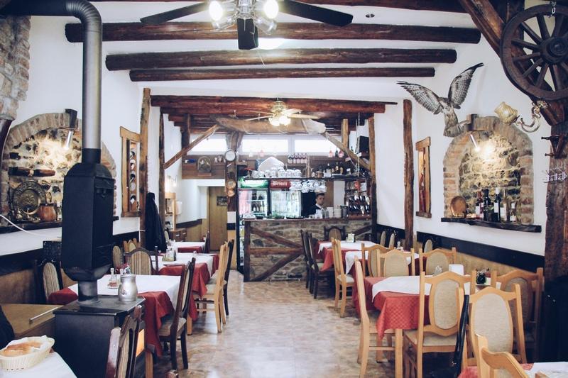 restoran mostovi Putovanje TZ Skoplje Makedonija Ohrid