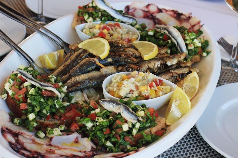Sights Bites food tour Dubrovnik gastro salt oil restaurant food