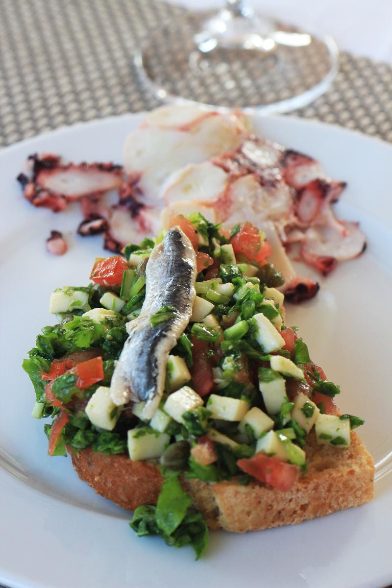 Sights Bites food tour Dubrovnik gastro salt oil taste