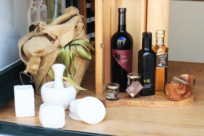 Sights Bites food tour Dubrovnik Gastro oil uje