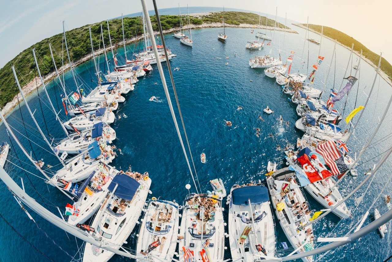 sailing holiday  the yacht week croatia