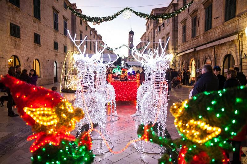 Stradun Christmas in Dubrovnik what to do in Dubrovnik